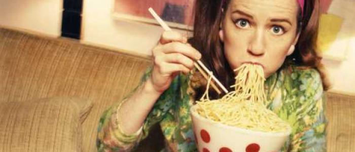El estrés modifica el cerebro y afecta al autocontrol de la comida saludable